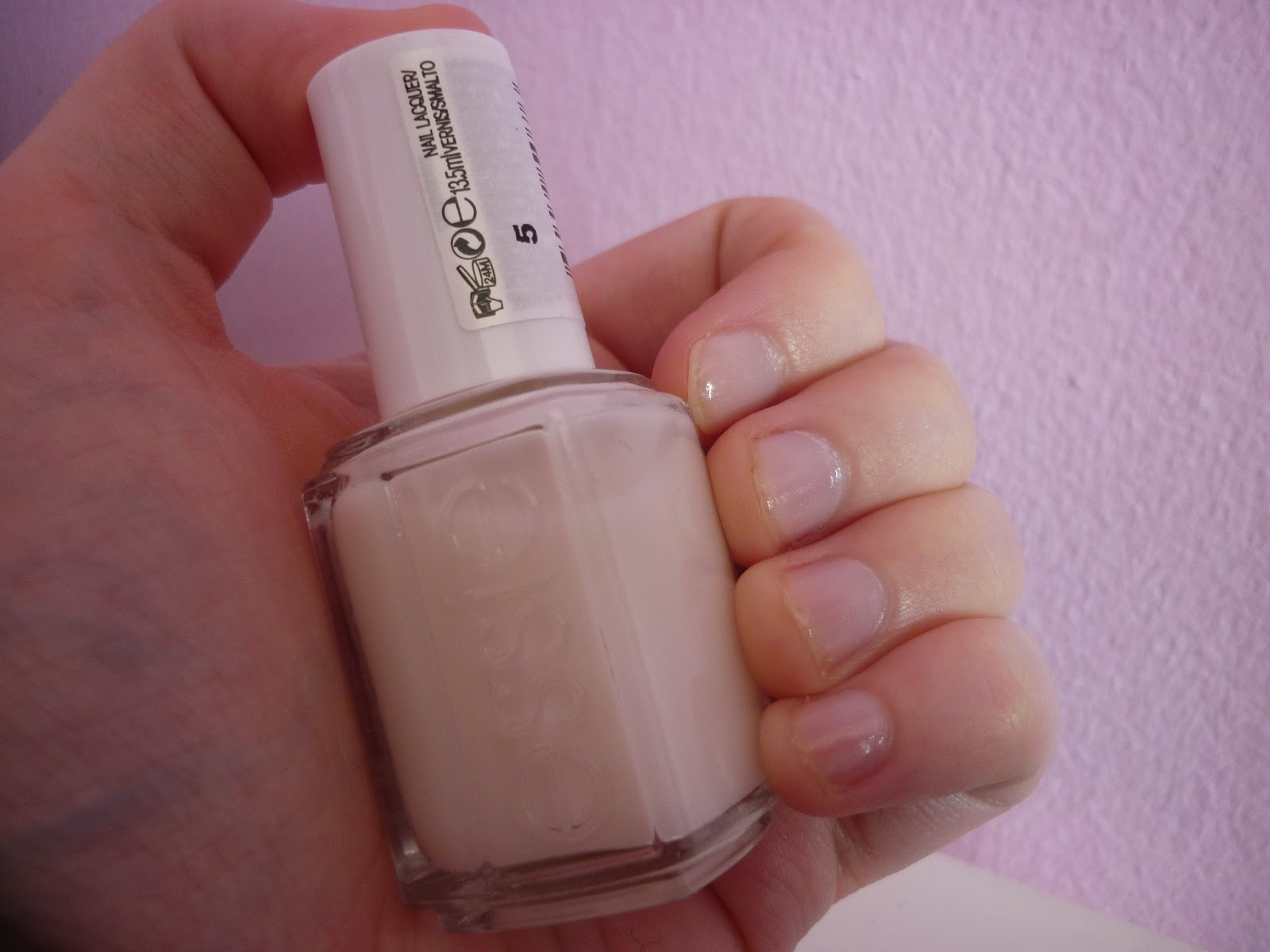 Wishing For Treats: Essie Allure Nail Polish