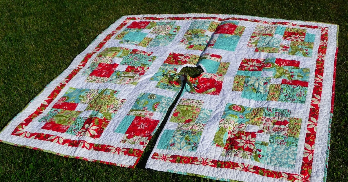 Hummingbird Hollow Quilts Christmas Tree Skirt Finished