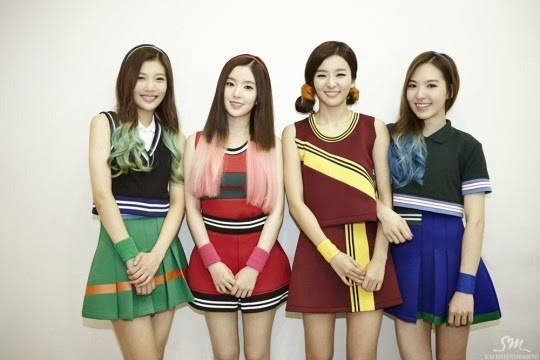 On Stage Fashion Red Velvet S Happiness Era The Kpop
