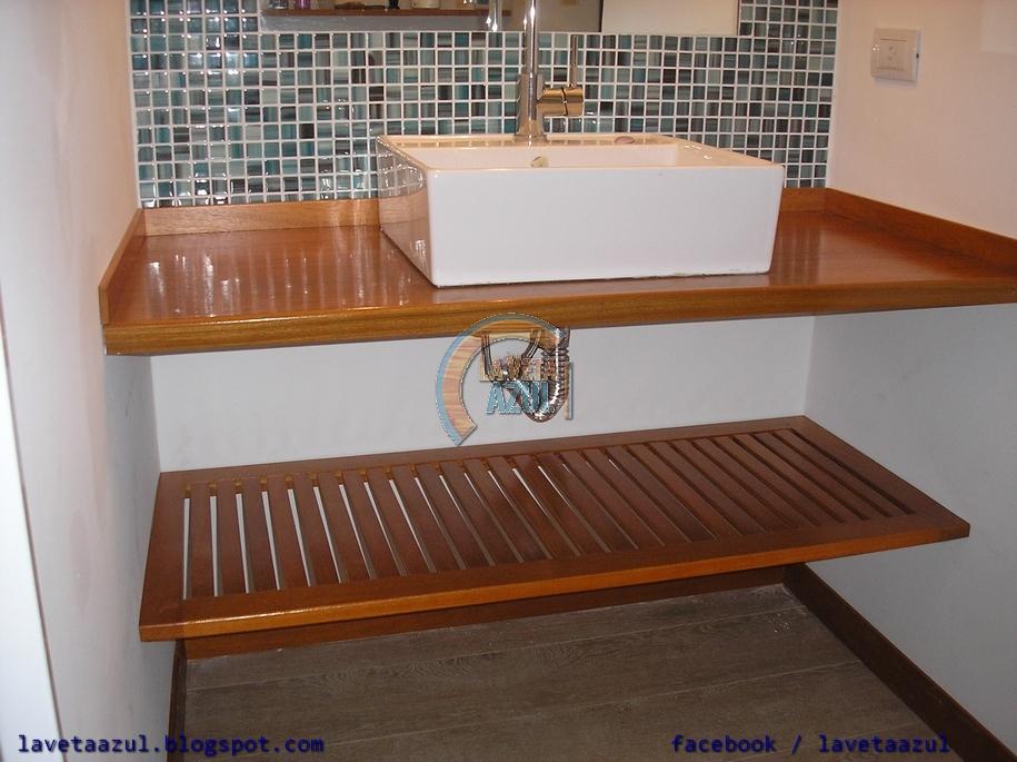 La veta azul mueble de ba o en madera maciza de cerejeira for Muebles para bano de madera