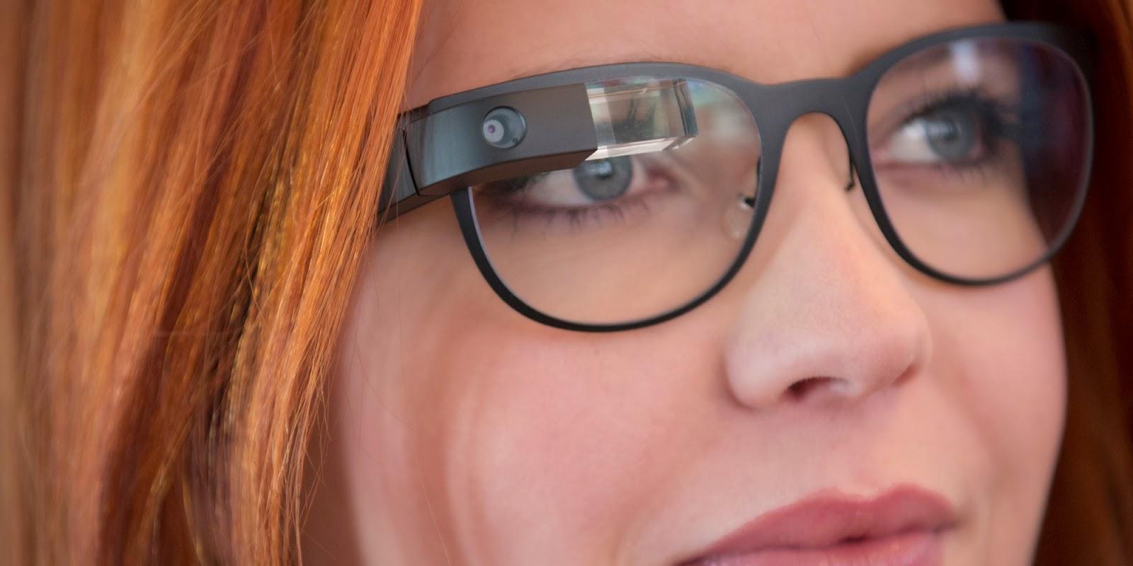 نظارات Google Glass الذكية تدشن عودتها من جديد