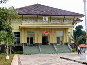 BEM UI Datangi DPRD Depok Terkait Isu Penggusuran Sekolah Master