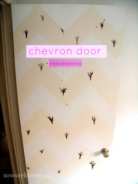 CHEVRON DOOR WITH LITTLE TREES