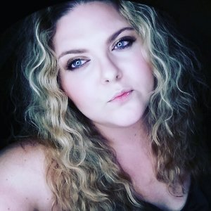 Visit Michelleswoons.com!