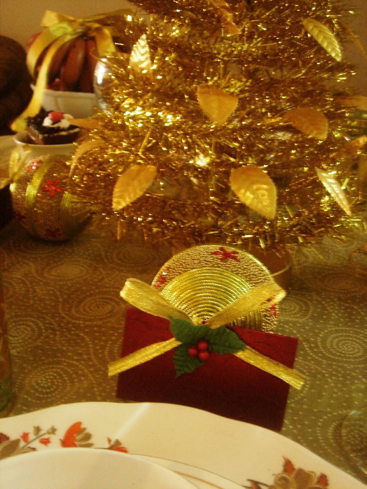 Crystal Grandeur A Golden Christmas Tablescape