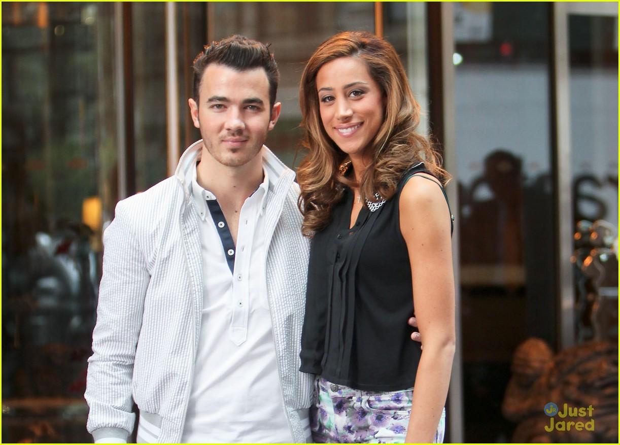 Kevin Jonas Wife Danielle Nose Job | www.imgkid.com - The ...