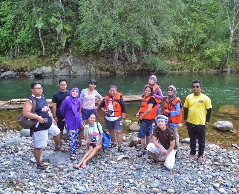 "<a href=""http://mataram.info/things-to-do-in-bali/visitindonesia-banda-marine-life-the-paradise-of-diving-topographic-point-inward-fundamental-maluku/"">Indonesia</a>best destinations : Drifting Amongst Bamboo: Loksado Bamboo Rafting"