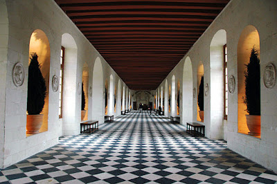 « ChateaudeChenonceauGalerie » par McPig — originally posted to Flickr as Hallway. Sous licence CC BY 2.0 via Wikimedia Commons - http://commons.wikimedia.org/wiki/File:ChateaudeChenonceauGalerie.jpg#/media/File:ChateaudeChenonceauGalerie.jpg