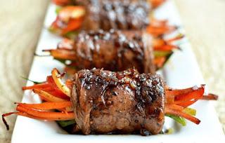 Rolled Beef with Vegetables Recipe (Bò Cuộn Rau Củ)