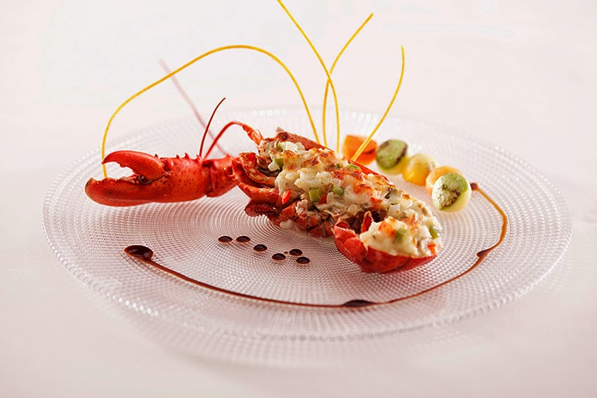 "HARBOUR RESTAURANT PRESENTS ""LOBSTER PARADE"" DINNER BUFFET 