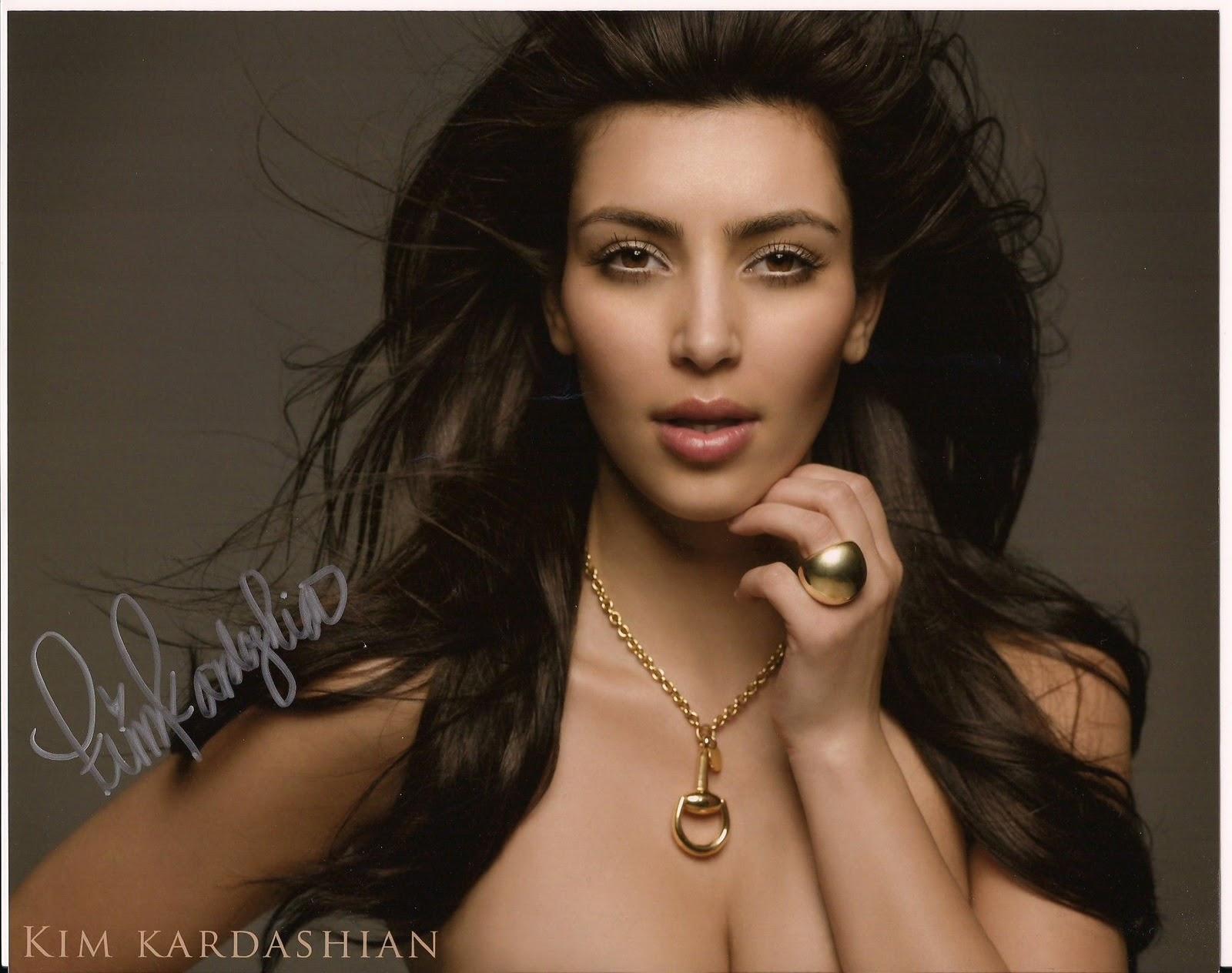 http://2.bp.blogspot.com/-9kE31zplDLk/ToD2Ul2YdXI/AAAAAAAAAmk/GvwC90fLu6I/s1600/kim-kardashian-makeup-pics.jpg