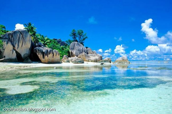 Coolfunclub 30 beautiful beaches in the world for Top 1 beach in the world
