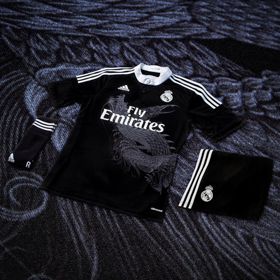 Nueva camiseta negra con dos dragones tercera equipación del Real Madrid
