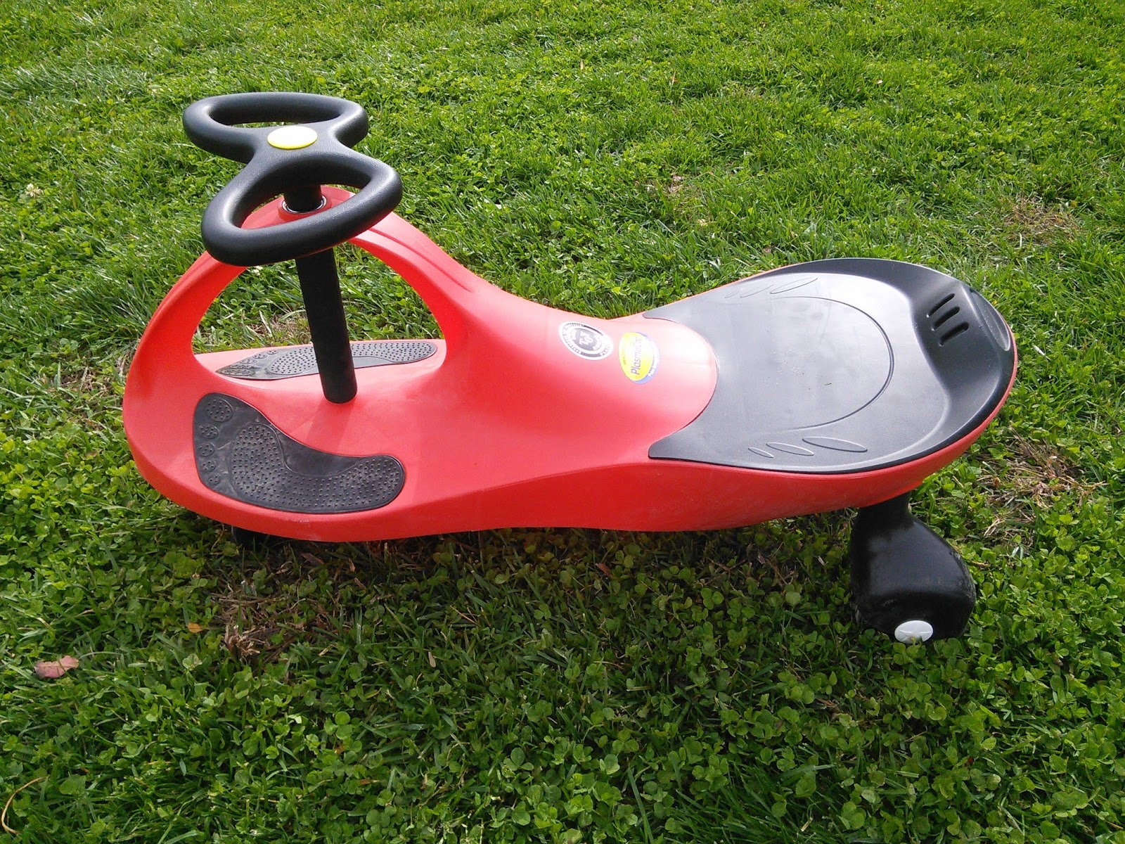 Mom Knows Best PlasmaCar Is A Fun Kid Powered Ride Toy That