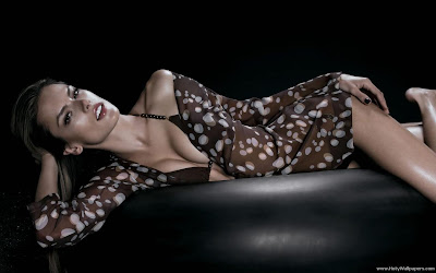 Alessandra Ambrosio Hot Wallpaper-1600x1200