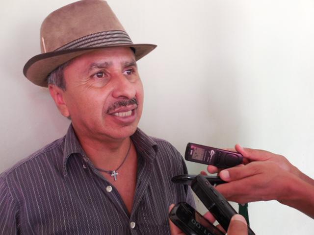 Resultado de imagen para EL COORDINADOR DE AUTODEFENSAS EN LA ZONA DE ZONGOLICA ROMAN VASQUEZ GONZALEZ.