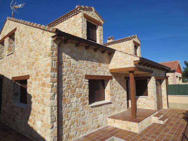 El talon sierte construcci n en segovia casas de piedra pueblos de segovia - Piedras para construccion ...