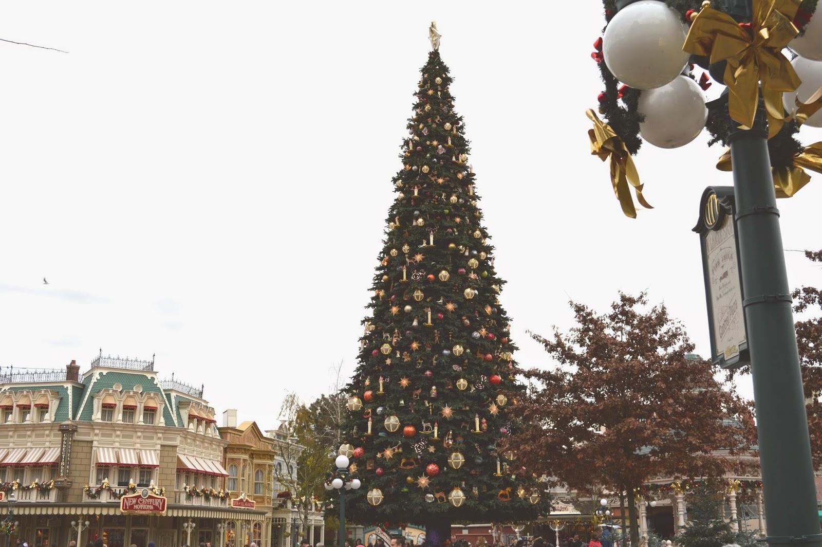In Restless Wonder: Disneyland / Trip To Paris.
