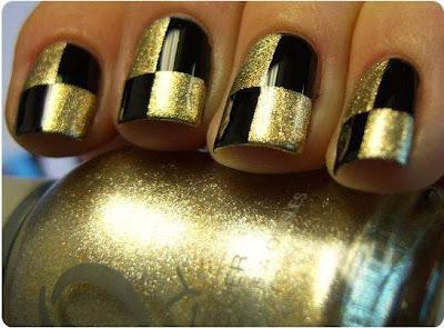 Unhas quadriculadas preto e dourado