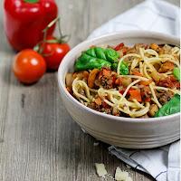 http://www.übersee-mädchen.de/koestlichste-spaghetti-bolognese-mit-viel-gemuese/