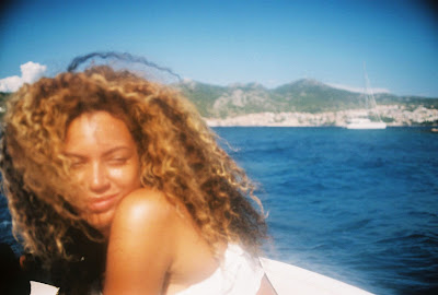 Beyonce New pictures Released For 4th Wedding Anniversary