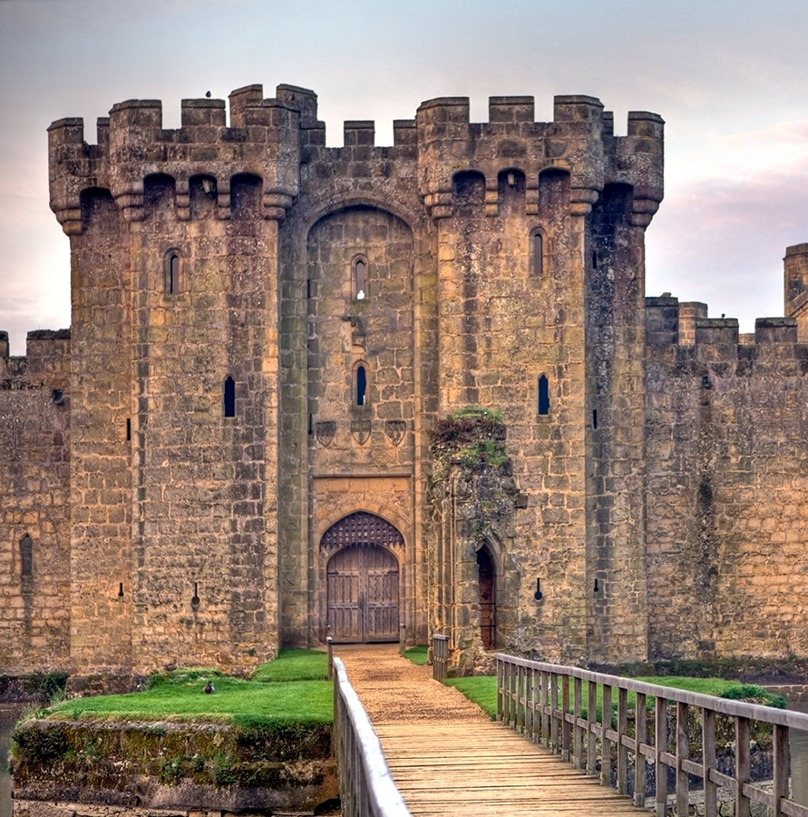 Bad blog about design castle design the bodiam castle for Castle design