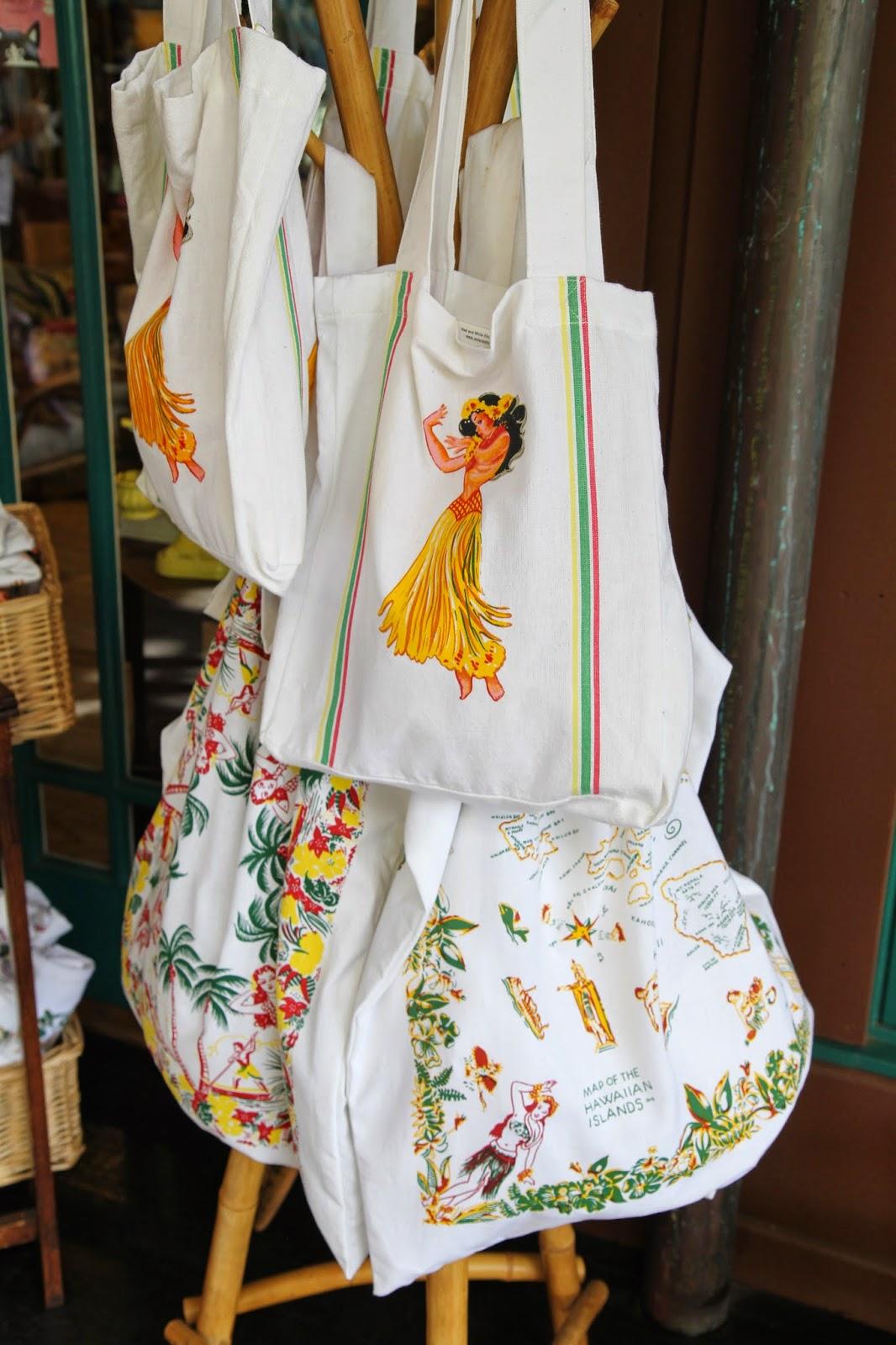 Vintage-Hawaiian-Tote-bags