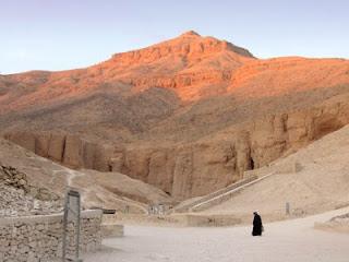 Археологи нашли в Долине царей гробницы возрастом более трех тысяч лет