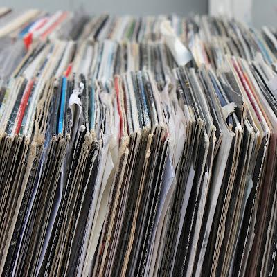10 Schallplatten, die uns gut durch den November bringen