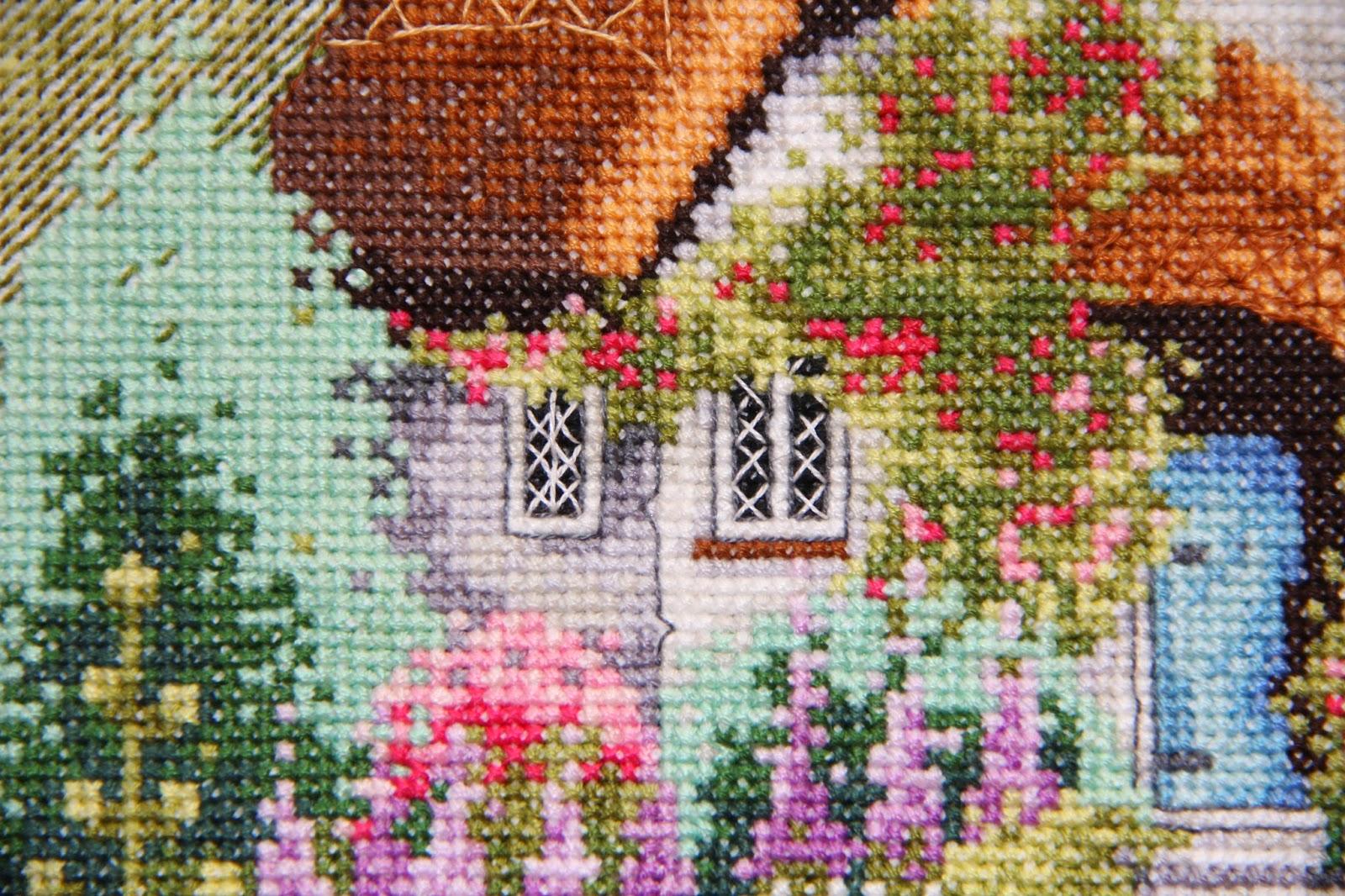 Вышивка домик у озера 94