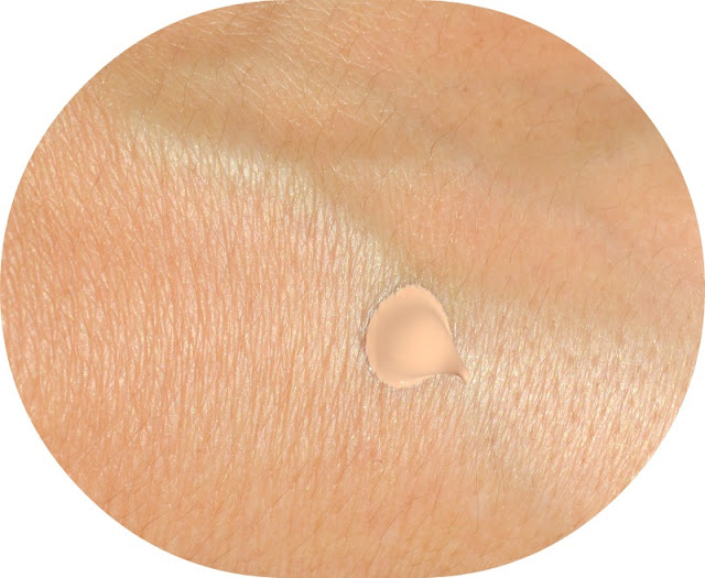 BB_Cream_Bobbi_Brown_Fair_Swatch
