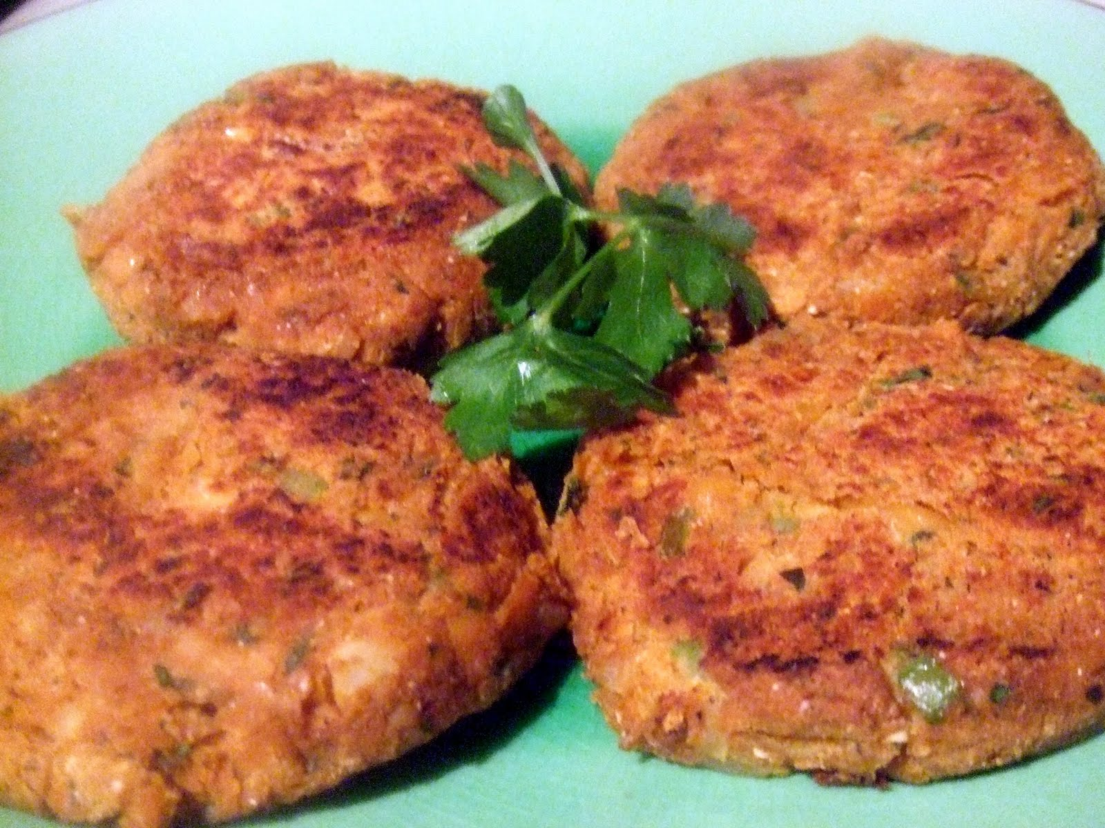 ... Extreme Vegan Makeover: Chickpea Burgers with Tzatziki Sauce Edition