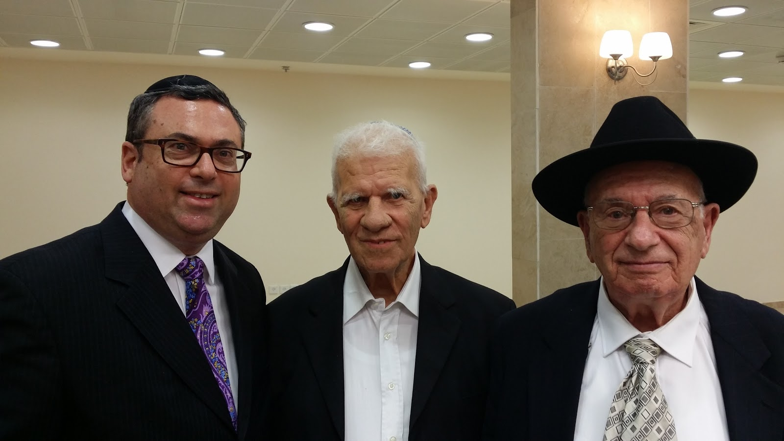 Civil Trial Attorney Baruch C. Cohen meets Moshe Mandelbaum, former governor of the Bank of Israel - Who's signature was on all Israeli currency
