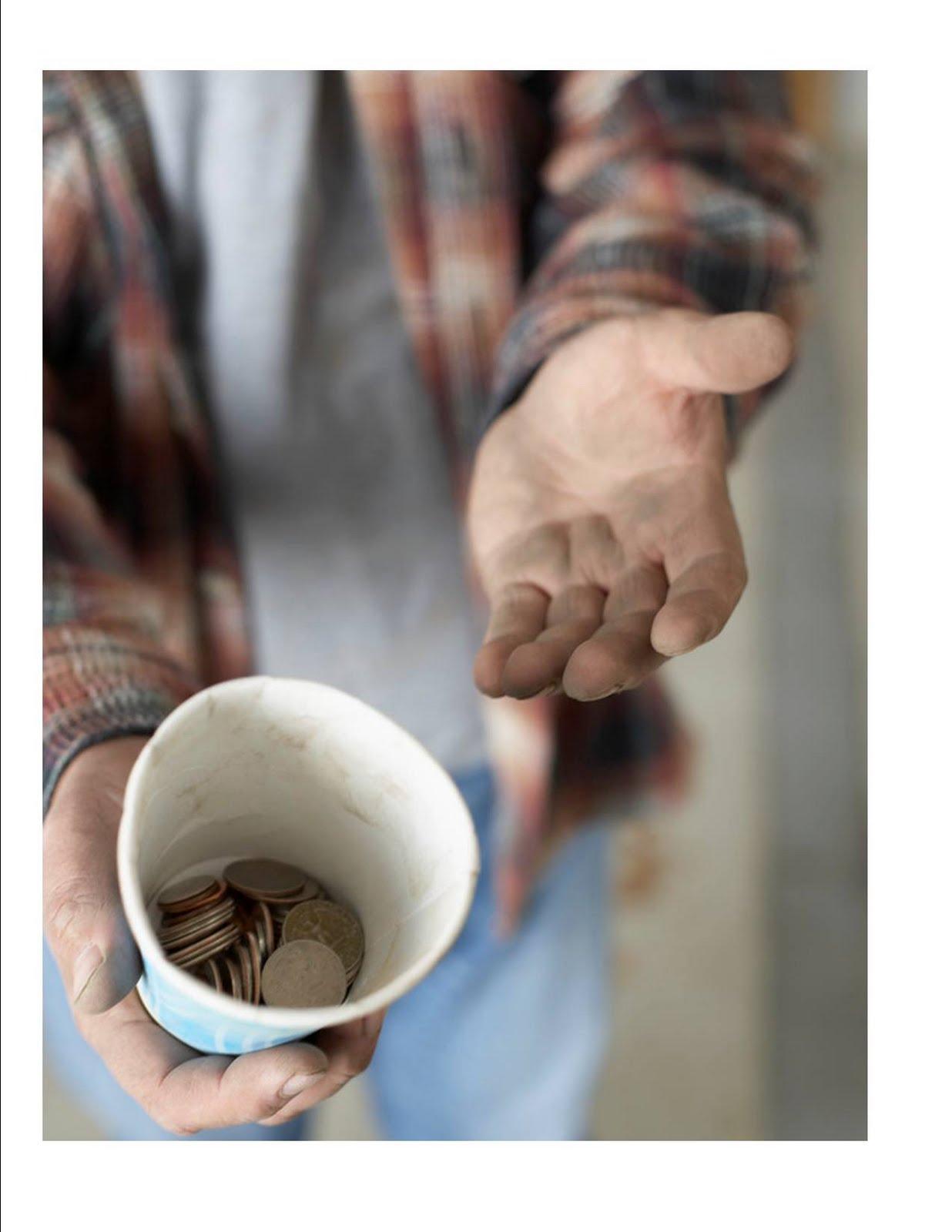 http://2.bp.blogspot.com/-9mdGrexr3AI/TYAJSsYx3AI/AAAAAAAAAPU/5GtO2pLxgzc/s1600/homeless2.jpg