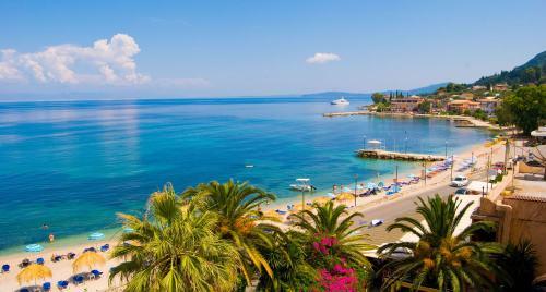 plajă pe insula Corfu