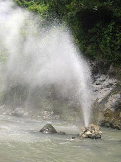 Sungai Cisolok sungai terindah di indonesia