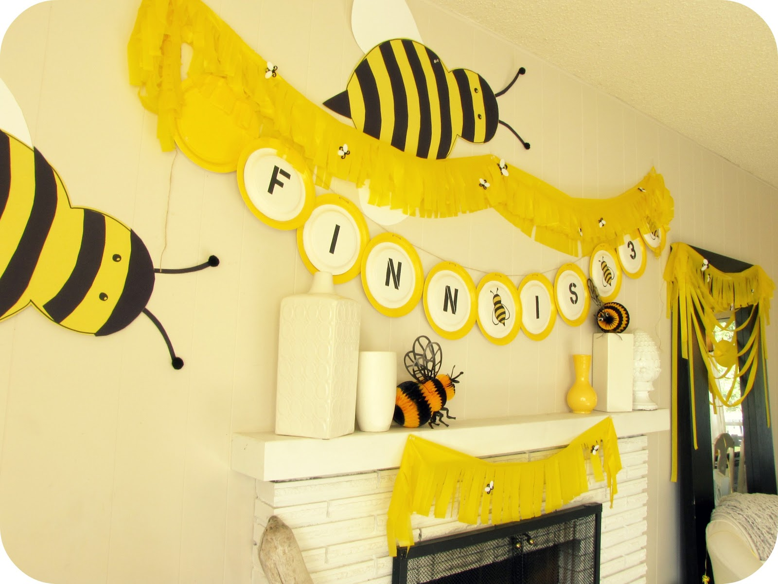 my house of giggles a yellow bumble bee birthday party