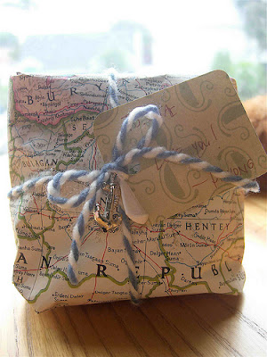 book presents wrapping ideas christmas holidays vintage maps charm