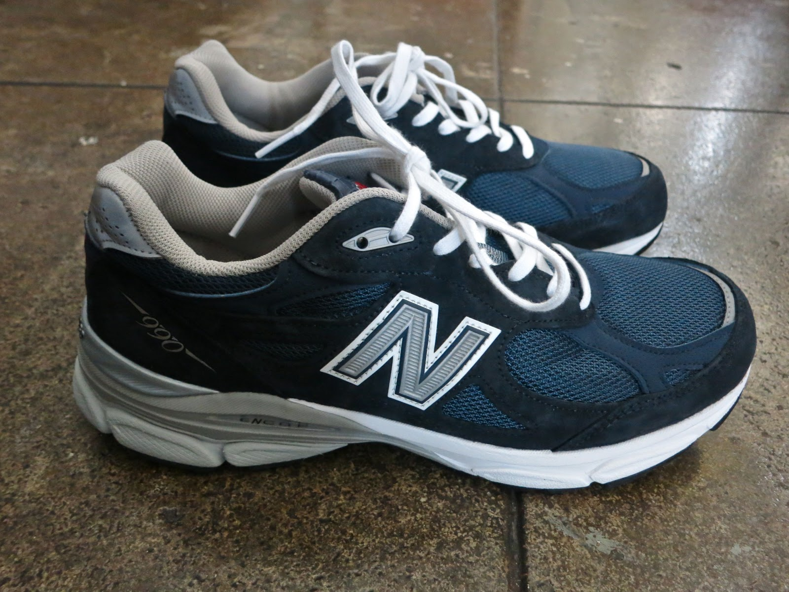 navy blue 990 new balance