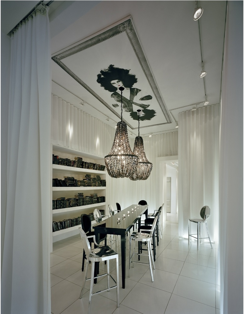 Maison grace yoo inspired by starck gramercy for Starck philippe
