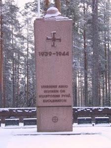 Muistomerkit hakaristin kera kertovat taistelusta Moskovan oblastin orjuuttajia kohtaan