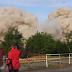 Παρακολουθούσε την κατεδάφιση κτιρίου με ελεγχόμενη έκρηξη, και γλύτωσε για λίγα εκατοστά [Βίντεο]
