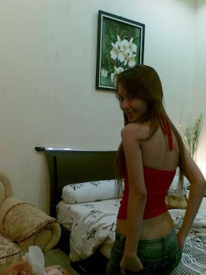 http://www.alamatkonyol.com/2013/06/cerita-hot-entotan-seorang-tante-emang.html