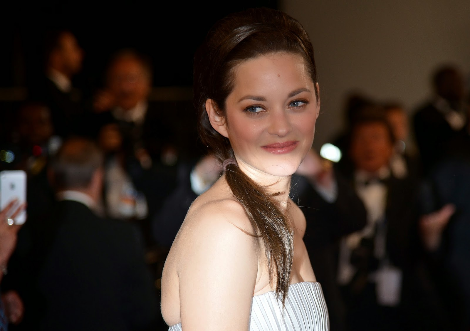 Cannes, Cannes Festival, Cannes Film Festival, Entertainment, Film, Film Festival, France, French Actress, Hollywood, Hollywood Actress, L'Homme qu'on Aimait Trop, Marion Cotillard, Marion Cotillard Photo, Showbiz,