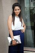 Parul Yadav Glamorous Photos-thumbnail-5