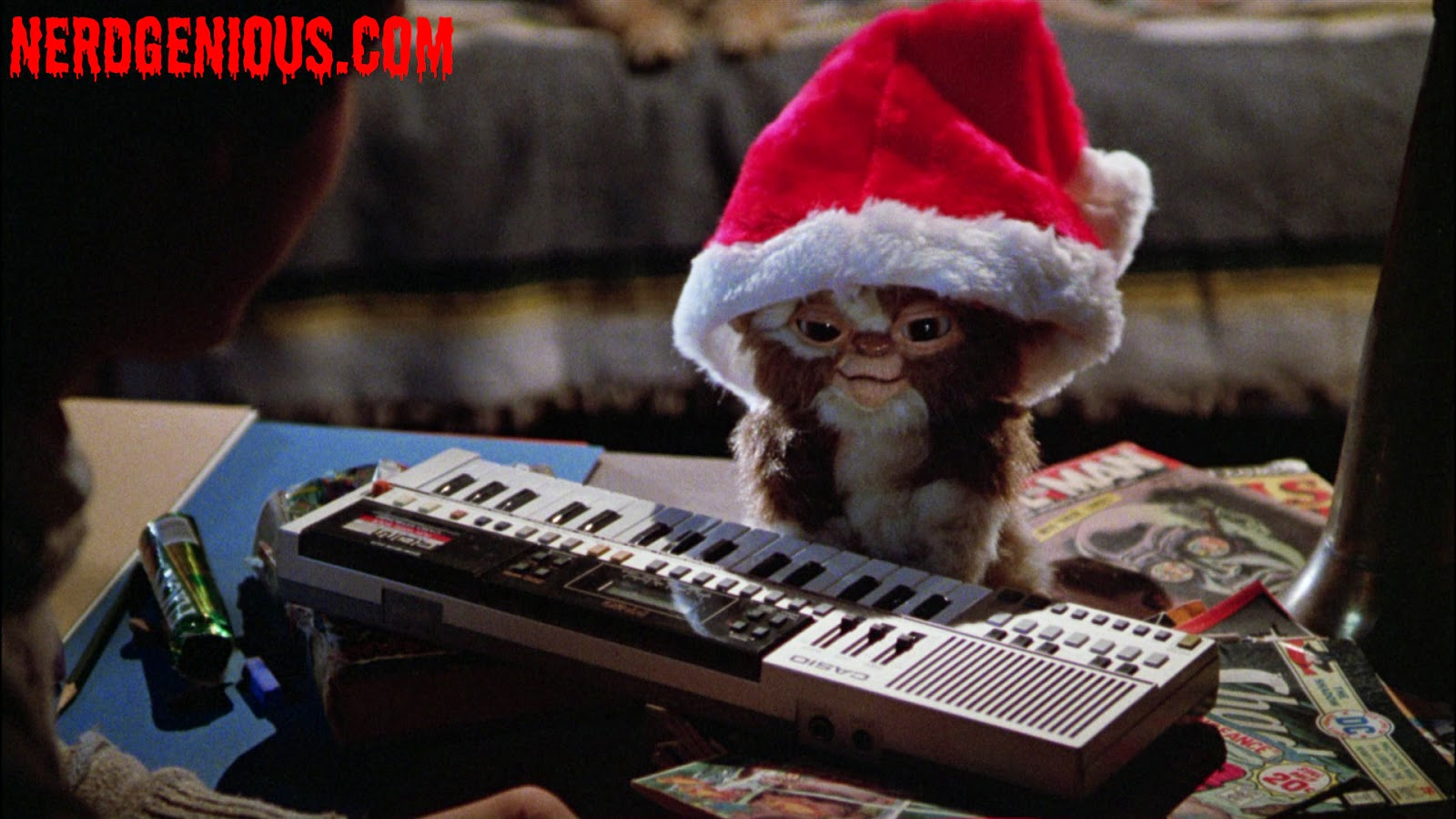 Mogwai Gizmo plays the christmas classics in 1984's Gremlins