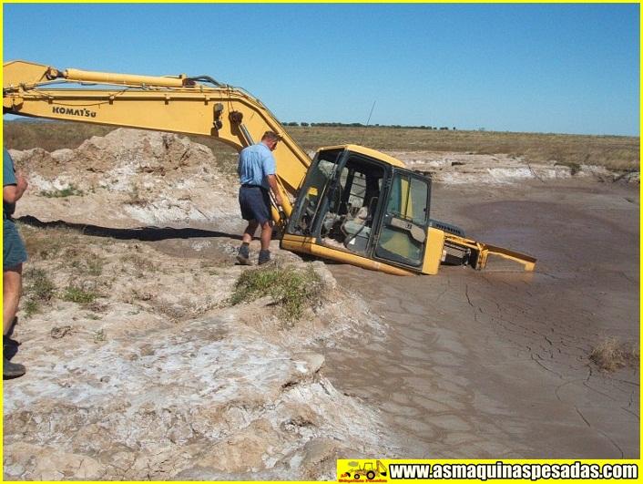 Fotos De Escavadeiras Atoladas Excavator Stuck As