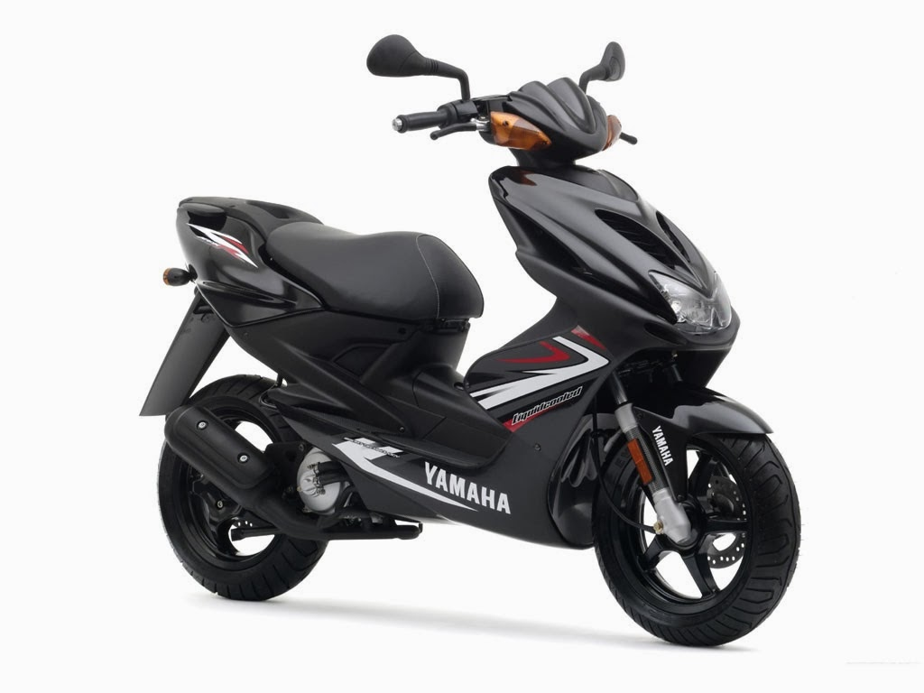 bike cars hd wallpapers yamaha aerox r scooters images. Black Bedroom Furniture Sets. Home Design Ideas