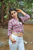 sheena shahabadi glam pix-thumbnail-2