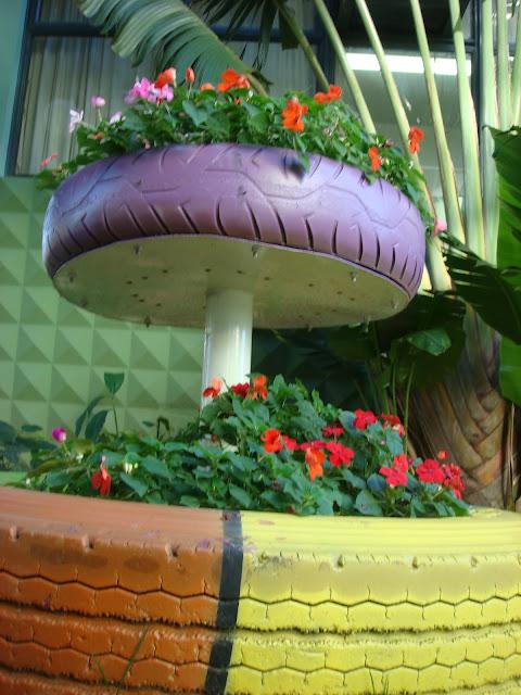 decoracao para jardim de sitio : decoracao para jardim de sitio:Jardim De Pneus